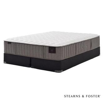 Oak Terrace II King Mattress Set w/Regular Foundation by Stearns & Foster