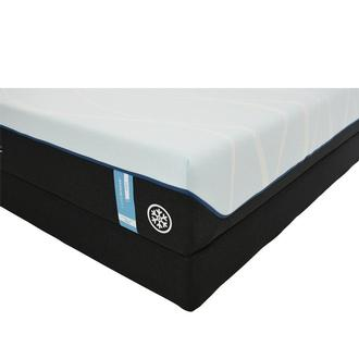 Luxe-Breeze Soft King Mattress w/Regular Foundation by Tempur-Pedic