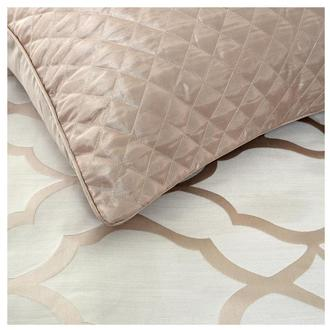 Lizzy Queen Comforter Set